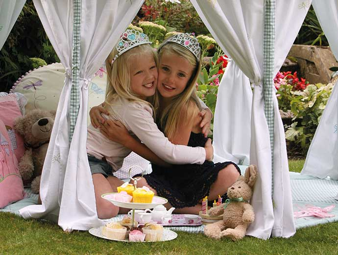 Win Green two girls in tent image
